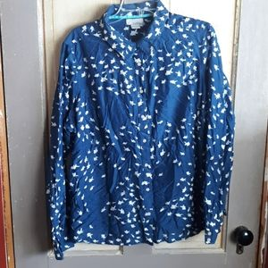 Fish button up shirt blue and white